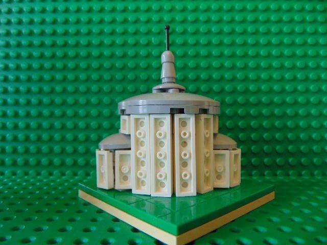 LEGO® MOC by Chyck: Biserica rotunda din Letcani