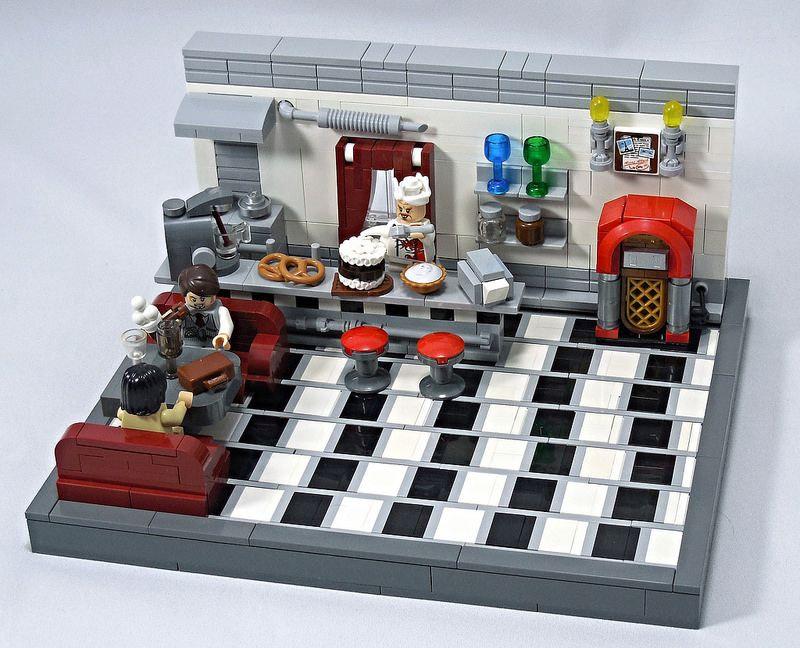 LEGO The Illusive Hobbit Diner