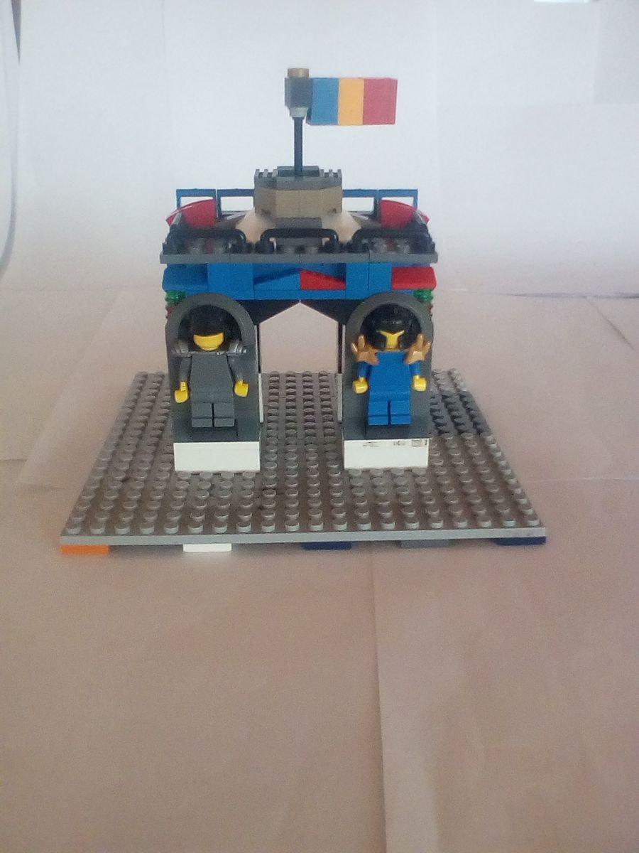 Concurs Microscale City: Creatia 3 – Arcul de Triumf